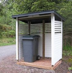 Garbage Shed, Diy Ideas, Garage, Outdoor Structures, Hide Trash Cans, Shed, Sweden House, Carport Garage, Garages
