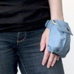 Wrist wallet...Great idea!