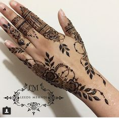 Beautiful and Easy Mehndi Design Collection, Heena and Arabic Mehndi Design - Fashion Henna Hand Designs, Pretty Henna Designs, Mehndi Designs Finger, Henna Tattoo Designs Simple, Mehndi Designs 2018, Stylish Mehndi Designs, Mehndi Designs For Beginners, Mehndi Designs For Fingers, Bridal Mehndi Designs