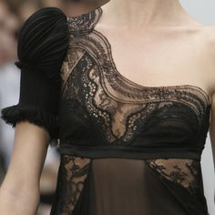 """ sensualitea: "" I do love black dresses, gowns & lingerie. chai-cinnamon-and-couture: "" Balenciaga Spring/Summer 2006 "" "" Estilo Fashion, Moda Fashion, High Fashion, Womens Fashion, Steampunk Fashion, Gothic Fashion, Paris Fashion, Fashion Pics, Fashion Black"