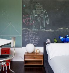 Inspiring Chalkboard Accent Wall Ideas To Change An Area Bedroom, Living Room, Brown, Rustic, Dining, wood, office, bathroom, kitchen, livingroom, hallways, apartments, geometric, basement, textured, farmhouse, country, Playroom, Salon, Rental.