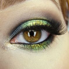 Vibrant 'Early Autumn' Idea Gallery look by UsagiSekai using Makeup Geek's Appletini, Corrupt, Fuji, Galaxy, Pixie Dust, Vanilla Bean eyeshadows paired with Afterglow and Liquid Gold pigments.