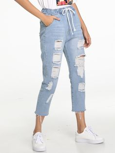 Shop Ripped Raw Hem Drawstring Waist Jeans at ROMWE, discover more fashion styles online. Teen Fashion Outfits, Jean Outfits, Cheap Ripped Jeans, Casual Dresses, Casual Outfits, Casual Fall, Diy Clothes, Mom Jeans, Drawstring Waist