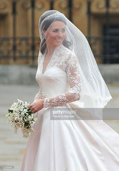 Looked like my 1972 wedding gown..the lace,,,the lily of the valley etc