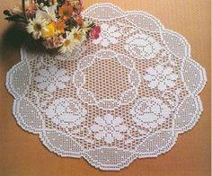 Filet crochet centerpiece