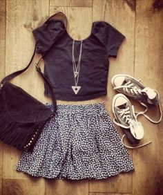 Looking at skirts and coming across this type of outfit a lot. Short flare, crop top and sneakers. New look, pfffssst... this was my go to in the summer as a teenager *sigh* When I had a super flat pre-baby belly. lol