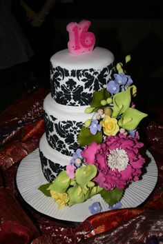 Sweet 16 Cake with a floral theme