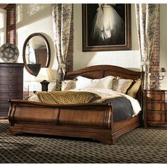 Fine Furniture Design Raylen Vineyards Queen Sleigh Bed