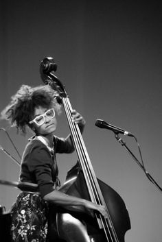 Esperanza Spalding (I can never have too many photos of her...)