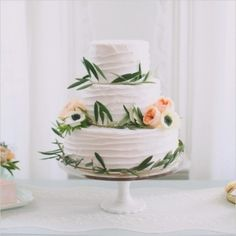 Peach And Mint Wedding Ideas - Wedding Chicks - Loverly