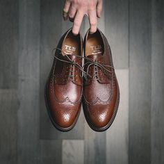 What are your guys thoughts on longwing bluchers?  . Personally Im a big fan but havent had a pair for a while (I previously owned a pair from Alden). These ones from @tlbmallorca should slide in the rotation perfectly. They really check off all the boxes for me right now rugged grain leather rubber soles and a versatile last. . Im looking forward to seeing what these look like with some wear on them. . . . #burzanhands #tlbmallorca #dapperlydone #mensfashionreview #mensclothing #dailystyle… Gents Fashion, Mens Fashion Blog, Daily Fashion, Guys Thoughts, Mens Trends, Mens Style Guide, Dapper Men, Looking Forward To Seeing, Well Dressed Men