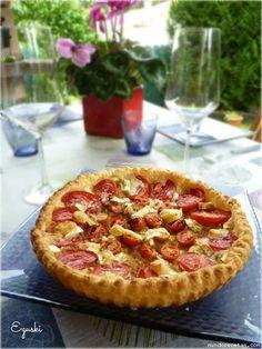 Receta de Tartaleta de cebolla caramelizada, tomates y queso rulo de cabra ( Thermomix & Tradicional)