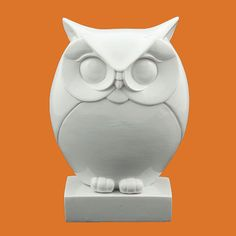 One Day At A Time: thrift store find - an owl statue! One Day At A Time: thrift store find - an owl statue! One Day At A Time: thrift store find - an owl statue! One Day At A Time: thrift store find - an owl statue! Stone Sculpture, Sculpture Clay, Abstract Sculpture, Ceramic Owl, Ceramic Pottery, Clay Owl, Wood Owls, Soap Carving, Owl Art