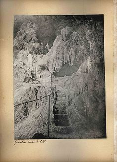 Jenolan Caves NSW @StyleSpaceandStuff.Blogspot.com Wythe the old photos make it look creepy!