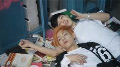 Tae falling asleep on Jimin's arm (2/3)