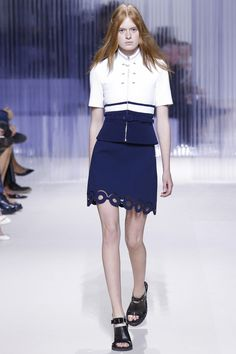 http://www.vogue.com/fashion-shows/spring-2016-ready-to-wear/carven/slideshow/collection