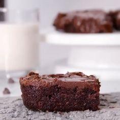 Brownie Recipes, Cookie Recipes, Snack Recipes, Dessert Recipes, Christmas Desserts, Easy Desserts, Cream Cheese Brownies, Brownie Ingredients, Food Cakes