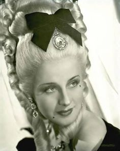 Marie Antoinette | Travalanche