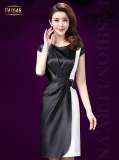 Đầm lụa suông phối màu xếp li lệch cao cấp TV1546 hội tụ đầy đủ vẻ đẹp quý phái của một quý cô thành đạt, sang trọng và đẳng cấp. Hong Kong Fashion, Korea Fashion, High Fashion, Womens Fashion, Ulzzang Fashion, Dresses For Work, Formal Dresses, Night Gown, Dress Skirt