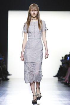 Tadashi Shoji Fashion Show Ready to Wear Collection Fall Winter 2017 in New York