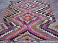 "VINTAGE Turkish Area Rug Kilim Carpet, Handwoven Rug Kilim,Daimond Design,Decorative Rug,Vintage Rug  66,5"" X 79,5"" on Etsy, £300.16"