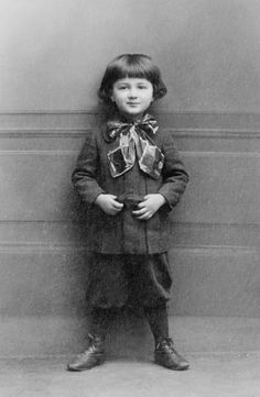 +~+~ Antique Photograph ~+~+  Self assured at a young age!