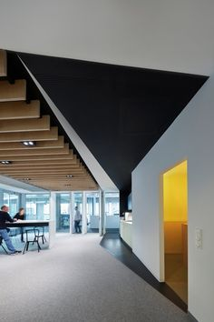 Omnicom Media Group Germany Offices - Düsseldorf - Office Snapshots