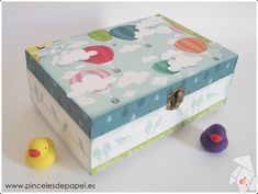 Caja de recuerdos bebé Painted Boxes, Wooden Boxes, Diy Painting, Painting On Wood, Bring Up, Decoupage Box, Balloons, Air Balloon, Handmade Crafts