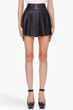 MCQ ALEXANDER MCQUEEN Black Pleated Leather Skirt