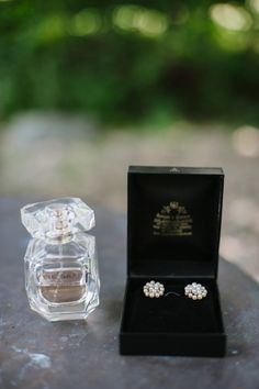@palomablancawed Little details from Paloma Blanca Real Bride, Adrienne's wedding look.