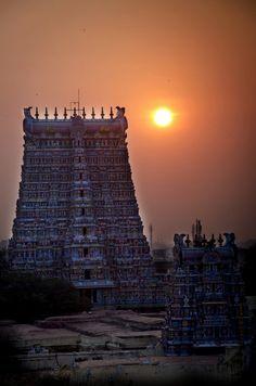 27 Amazing Pictures of Madurai Meenakshi Amman Temple Incredible India, Amazing, Awesome, Union Territory, Om Namah Shivaya, Madurai, Hindu Temple, Amman, New Delhi