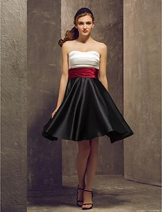 Bridesmaid Dress Knee Length Stretch Satin A Line Strapless Dress (1040139) - USD $ 79.99