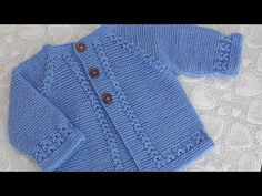 Knitted Baby Cardigan, Knitted Baby Clothes, Crochet Cardigan Pattern, Knit Crochet, Baby Vest, Baby Knitting Patterns, Baby Booties, Crochet Baby Dresses, Crochet Baby Clothes