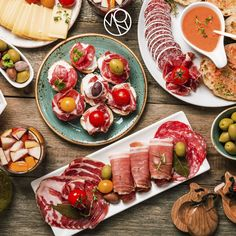 Enjoy the Spain flavor in our #TapasYCopas station.   http://bit.ly/1NVjsYz