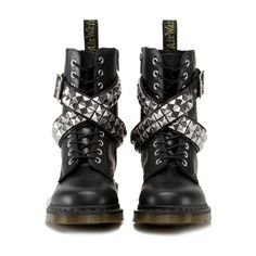 Izzue Stud (340 CAD) ❤ liked on Polyvore featuring men's fashion, men's shoes, men's boots, shoes, boots, black and sapatos