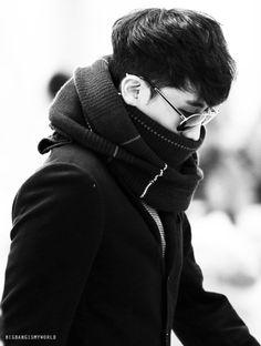 SEUNGRI // BIGBANG