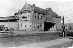 Union Station in Meridian MS served Mobile and Ohio, Southern Ry, and Illinois Central, 1916.  Click photo and use green fade button to see what it looks like today.