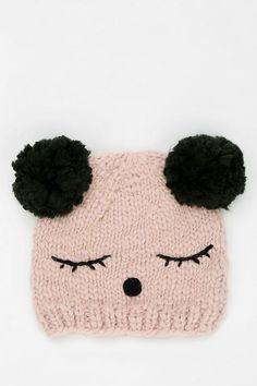 gorrito de oso panda Knitting For Kids, Knitting Projects, Baby Knitting, Crochet Projects, Knitting Patterns, Knit Crochet, Crochet Hats, Creation Couture, Crochet Slippers
