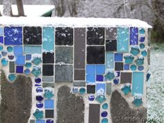 garten brunnen stein ideen k bel kies mosaik mosaik pinterest garten. Black Bedroom Furniture Sets. Home Design Ideas