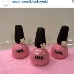 So cute! Love these nail polish cake pops!