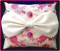 ateliersarah's ring pillow/Pink tulle lace and ribbon