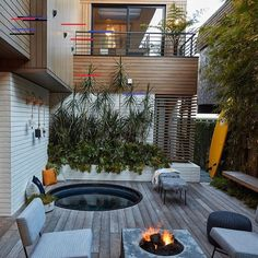 Not a bad outdoor area in busy LA! Love those big sliders as well. @mleearchitects⠀ #homedecorlover #hometrends #landscapearchitect #modernhomedecor #backyardgoals #instahomedecor #rustichomedecor #luxuryhomedecor #homedecorinspo #homedecorlove #lovefordecor #homedecormurah #homedecorinspiration #homedecors #myhomedecor #inspiremehomedecor #homedecore #neutralhomedecor #homedecorblog #homedecorationideas #homedecorblogger #homedecorideas #homedecorph #homedecorating #backyarddesign…