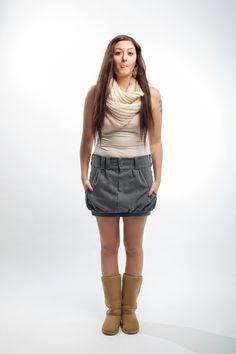 ffdccb8b665 Quirk grey Super sukně s příjemné jeansoviny. V horní i dolní části  zřasená. Vyznačuje