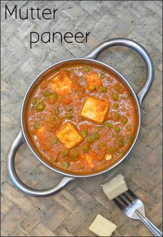 Tasty gravy made with Green peas and Paneer. Mattar Paneer Recipe, Paneer Recipes, Herb Recipes, Milk Recipes, Indian Food Recipes, Gourmet Recipes, Soup Recipes, Cooking Recipes, Curry Recipes