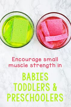A simple and fun fine motor activity to promote small muscle strength and dexterity. Designed for babies, toddlers and preschoolers. Preschool Centers, Preschool Songs, Toddler Preschool, Toddler Gross Motor Activities, Activities For Kids, Daycare Lesson Plans, School Fun, Pre School, Baby Sensory