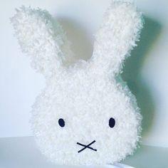 Pídete a Miffy Piñata para to fiesta https://www.facebook.com/ppinatas/