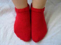 Ulla 03/05 - Neuvot - Sukan neulominen kärjstä ylöspäin Socks, Knitting, Crochet, Heels, Fashion, Tricot, Hosiery, Chrochet, Moda