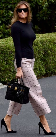 Love these pants with the heels! #pants #streetstyle