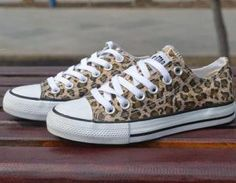 A 091034 Leopard Control Casual Can..