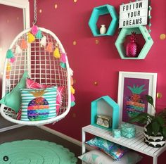 Cool 10 Year Old Girl Bedroom Designs // Colorful Girls Room With Tropical  Accents And Pineapple Accessories